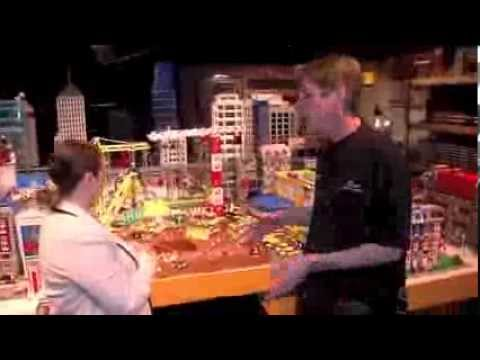 The LEGO Movie Set Interview With Master Builder!