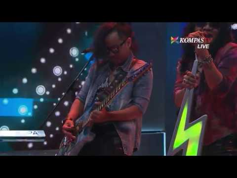 Candil in The Rockalisasi - Sweet Child O Mine (Gun N Roses Cover)