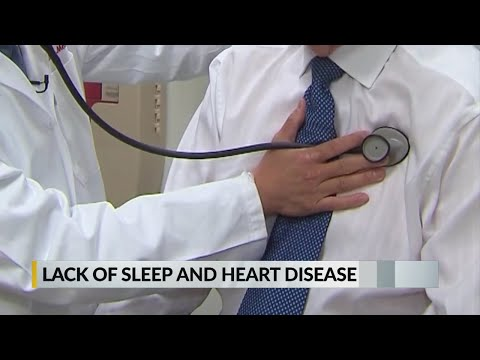 Fitful Sleep Might Take Toll on Older Women's Hearts