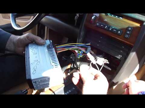 Install Continental (TR7412UB-OR) Radio on Mercedes 190E (W201): 3. Test Speaker Wiring Connections