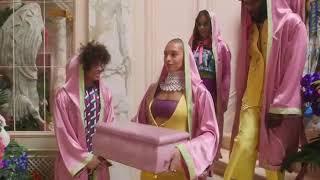 "Snoop Dogg - Klarna commercial ""Smoooth Dogg"""