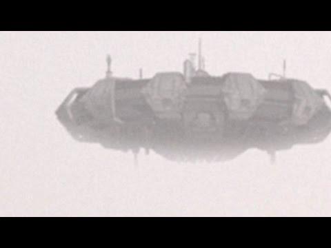 Huge UFO hovered in the sky over SHANGHAI !!! July 2016