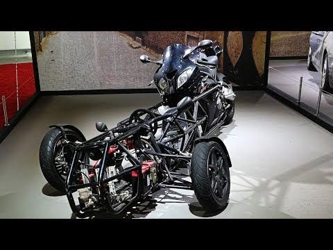 Moto e auto BMW, Mini e Rolls-Royce star del cinema