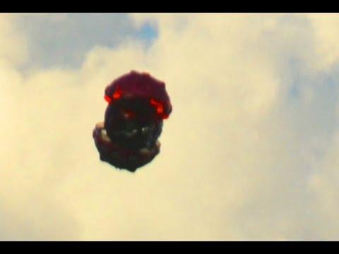 Creepy UFO Sightings Over Malibu! October 2014 Watch Now!