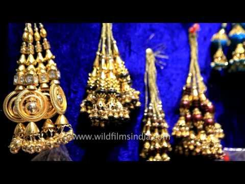 Kinari Bazar, A Popular Place To Shop For Weddings In Delhi