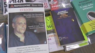 """Napoli - """"Anime di vetro"""", il nuovo romanzo di Maurizio De Giovanni (04.08.15)"""