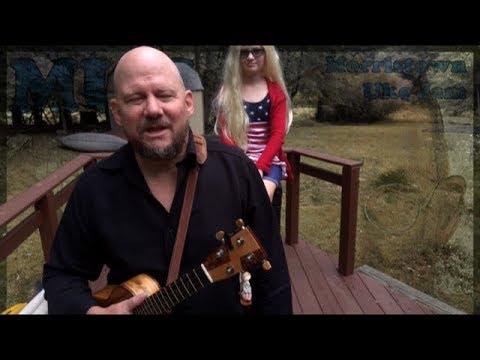 MUJ: Walk Like An Egyptian - The Bangles (ukulele tutorial)