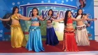 Bellygirls Kids   I wanna dance & Waka Waka