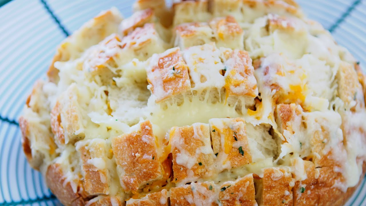 Easy Delicious Cheesy Bread - YouTube