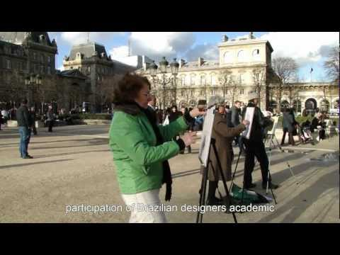 Drawing class at Notre-Dame in Paris, France