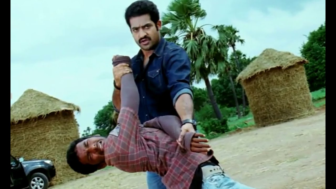 ramayya vasthavayya telugu movie scenes - ntr village fight scene