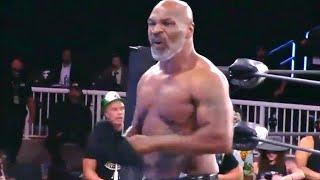 Тайсон сорвал одежду! Первый выход на ринг, официально!