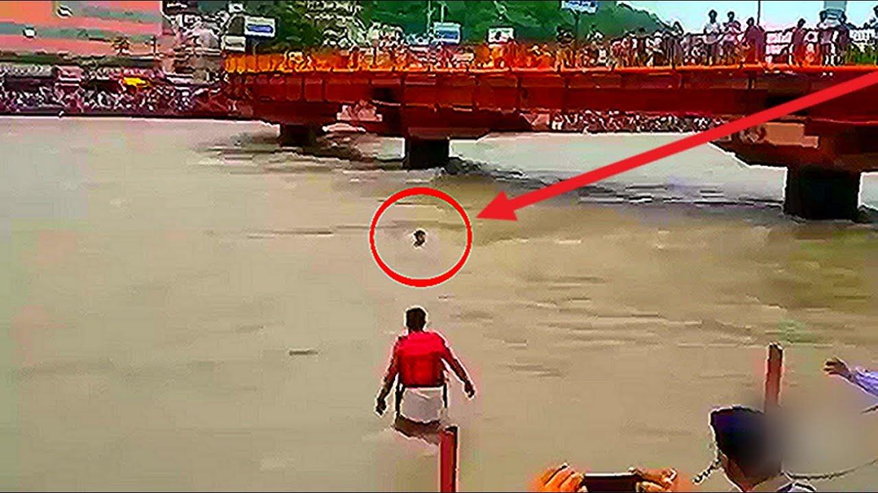 कैमरे पर कैद असली जीवन के सुपरहीरो | Real Life Heroes Caught On Camera | Faith in Humanity Restored