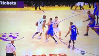 Kobe bryant running 3 pointer, insanely difficult shot