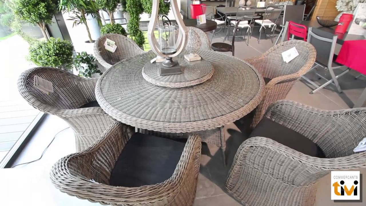 jardin d 39 ensemble magasin de mobilier de jardin proximit de saint brieuc tivi guide youtube. Black Bedroom Furniture Sets. Home Design Ideas