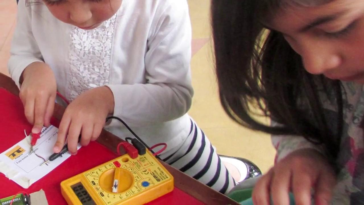 Circuito Electrico Simple Para Niños : Electrónica para niños un circuito simple youtube