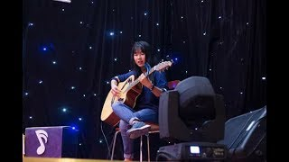 Cơn mưa ngang qua (guitar cover) - by Thư Thánh Thiện