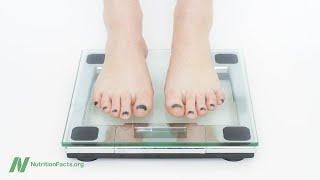 Pravidlo 3 500 kalorií na 450 gramů je nepravdivé