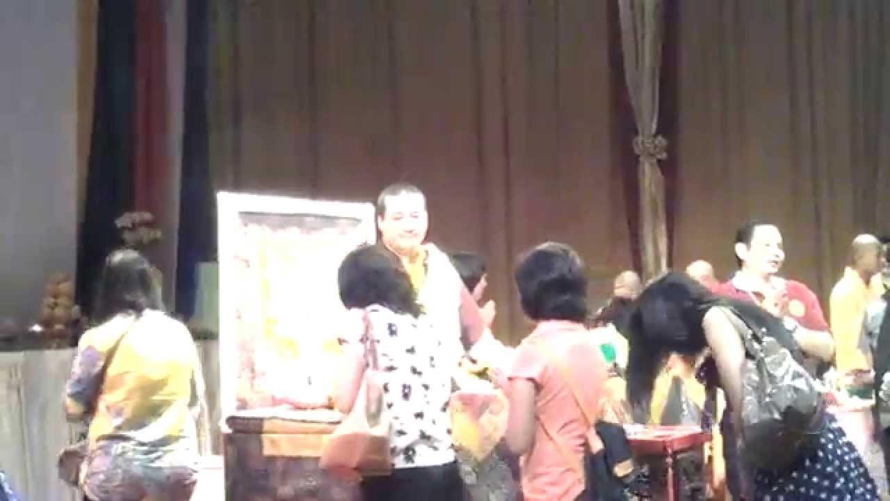 Karmapa trinley thaye dorje white jambala jakarta 2014 youtube karmapa trinley thaye dorje white jambala jakarta 2014 thecheapjerseys Images