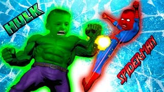 - ХАЛК против ЧЕЛОВЕКА ПАУКА деремся с Кириллом в игре про супер героев Ultimate Marvel vs Capcom 3