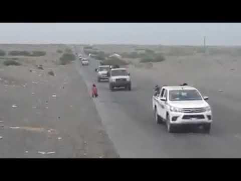 شاهد بالفيديو تعزيزات عسكريه للقوات المشتركه تصل الحديده واستعدادت مهيبه لانطلاق عملية التحرير .