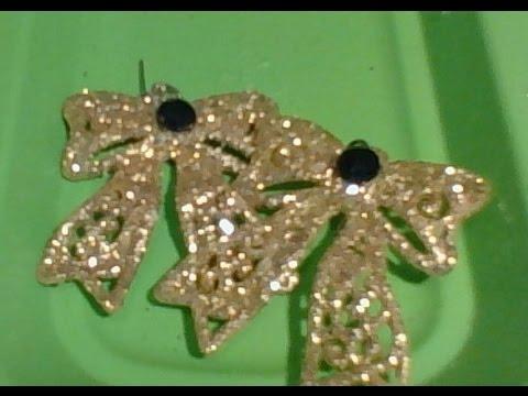 Christmas Bow earrings D. I .Y