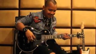 Guitar Rig Cella Kotak
