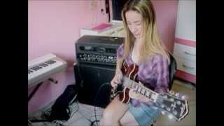 Camila plays George Benson - I remember Wes.wmv