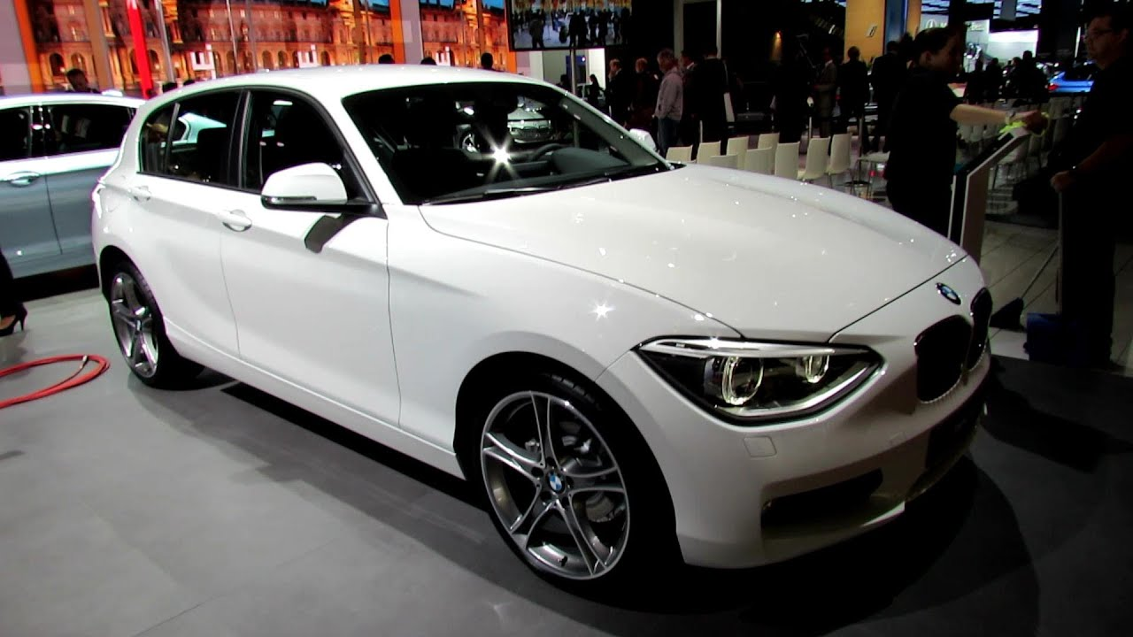 2012 bmw 114i exterior interior walkaround 2012 paris auto show 2012 mondial de l. Black Bedroom Furniture Sets. Home Design Ideas