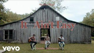 Смотреть клип Restless Road - It Ain'T Easy