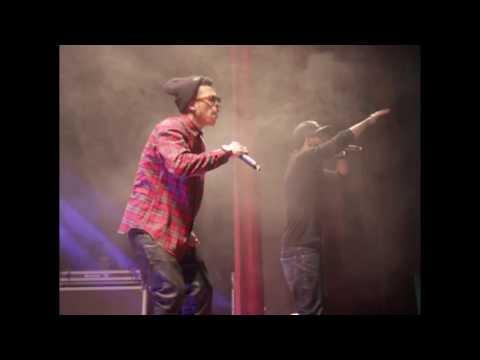 Dizzy DROS - Kat3raf T3oum @ « FÁBRICA DE RIMAS » | Salle Renaissance