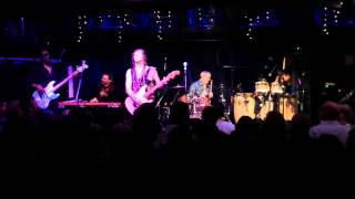 Gimme One of Those - The Brand New Heavies (Jazz Cafe, London 16-12-14)