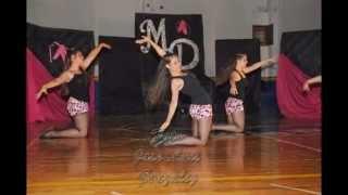 Feliz día Bailarines