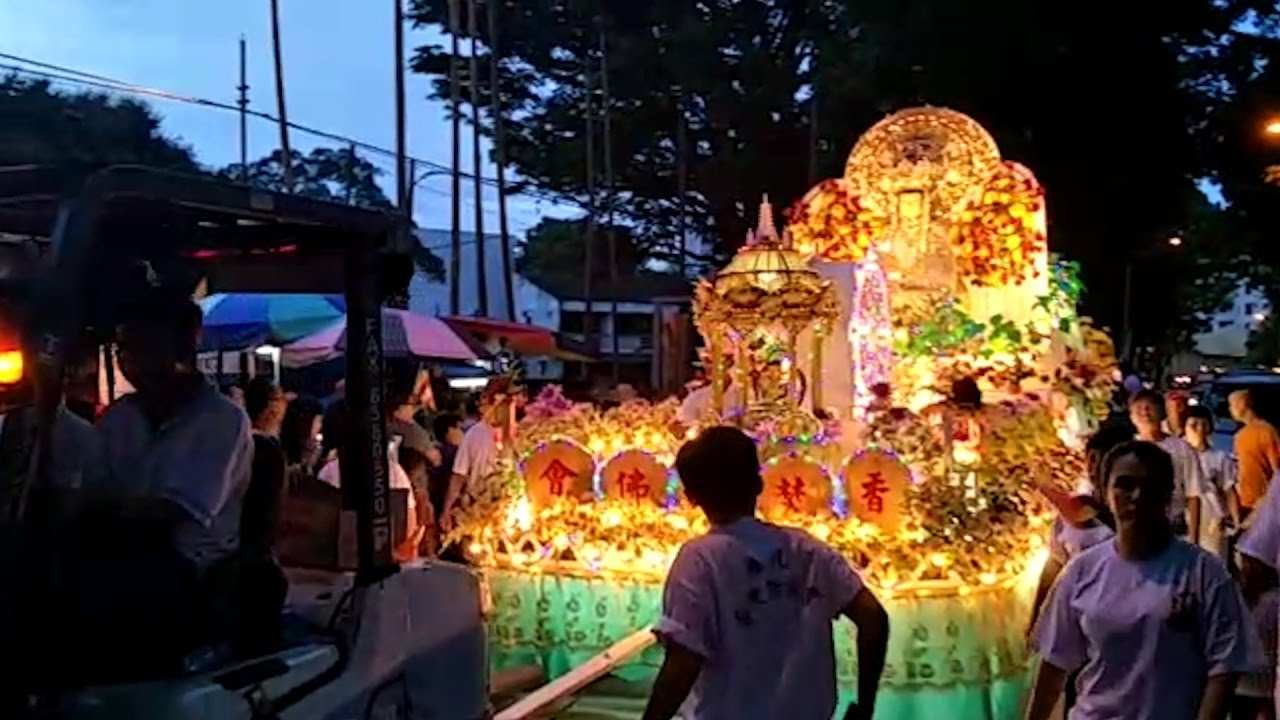 Wesak Day Procession Hit Streets Of Penang And Kl Youtube