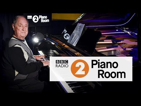 Neil Sedaka - Laughter In The Rain (Radio 2's Piano Room)