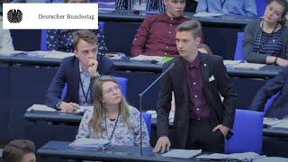 Jugend und Parlament: Fragen zum globalen und menschlichen Klima
