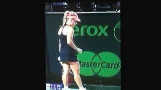 Serena Williams Crushs Angelique Kerber in Semi-Finals Sony Open 2014