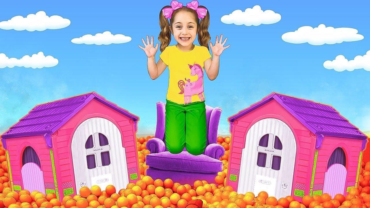Sasha juega juegos activos con juguetes acuáticos y escapa de la lava | El piso es desafío de lava
