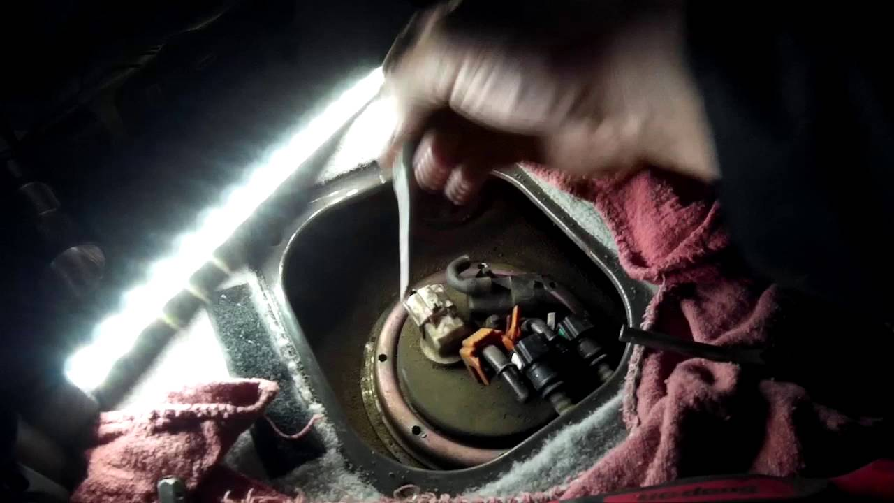 2003 Honda Civic Ex Fuel Filter Location Kia Sorento Fuel Pump Sending Unit Pump Removal Youtube
