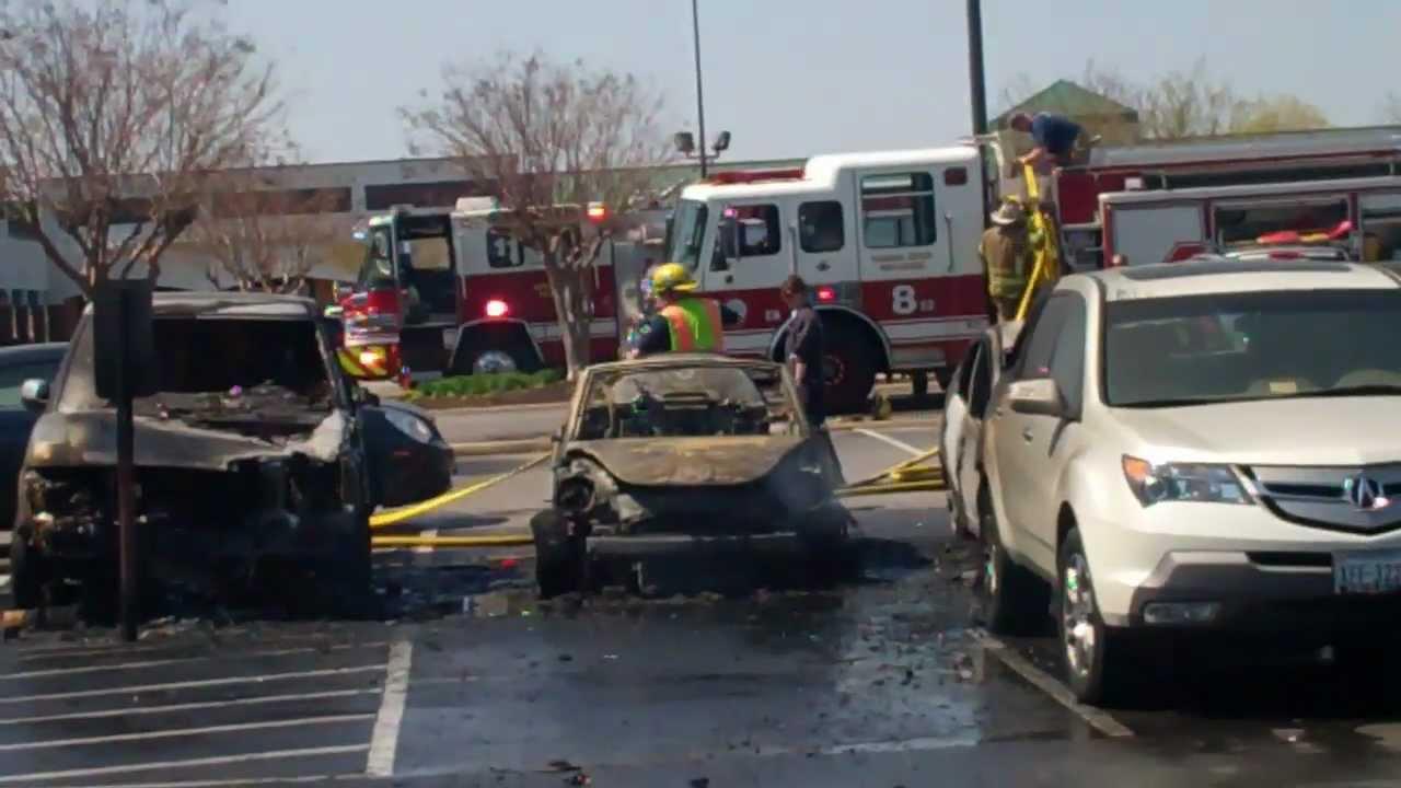 Multiple Cars on Fire Trader Joe\'s Parking Lot, Hilltop Area ...