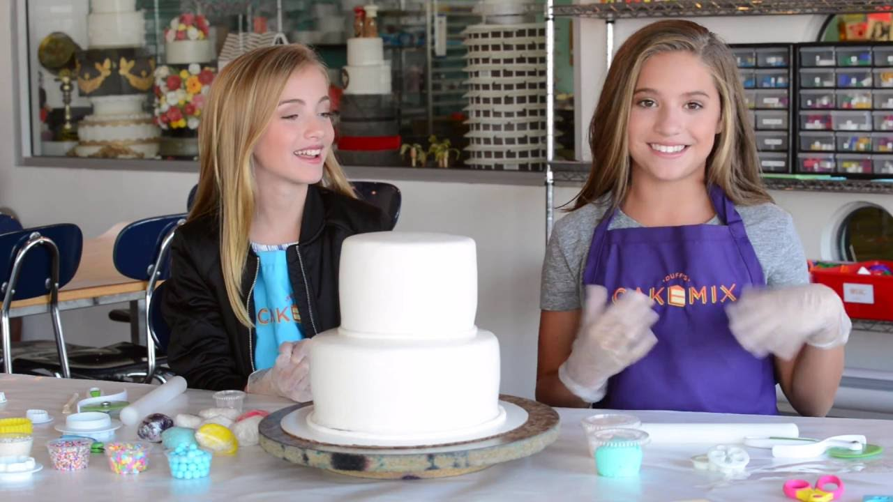 Cake Designing With Lauren At Duffs Cakemix Youtube