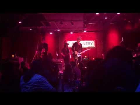 Dead Horse, Duff McKagan