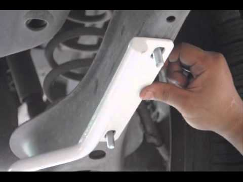 Toyota Fortuner 19mm rear sway bar will reduce body roll