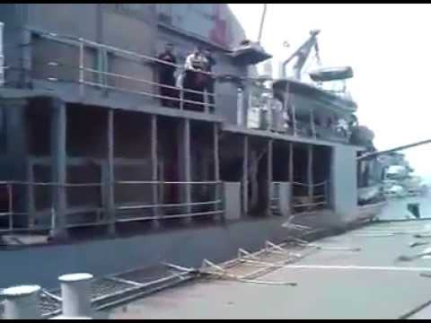 Pakistan Navy Ship BABUR VS Indian Navy ship