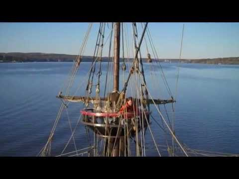 Replica ship Half Moon sailing the Hudson River on a spectacular fall day!