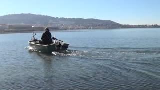 Moteur hors-bord électrique Haswing CaymanB 55 Lbs sur barque