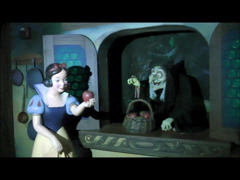Snow White's Scary Adventures, Magic Kingdom, Walt Disney World, (HD 1080p)
