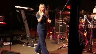 Maggie Koerner (3) He Calls Me Mama @ Vinyl Music Hall (2019-03-07)