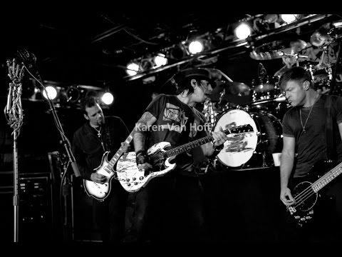 Three Days Grace Live Show @ The Machine Shop, Flint, MI, USA 18/09/2010