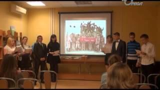 Школьная ТV студия Совенок в Центральной Сланцевской библиотеке на вечере встречи «Живая память»